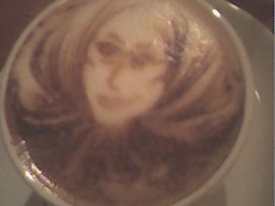 JHON LENNON EN UNA TAZA DE CAFE